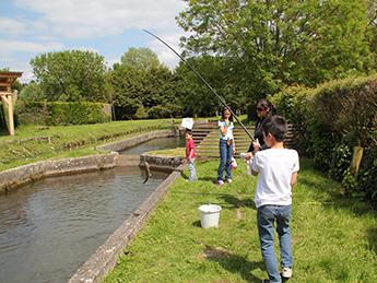 pêche bassin enfant val ferman