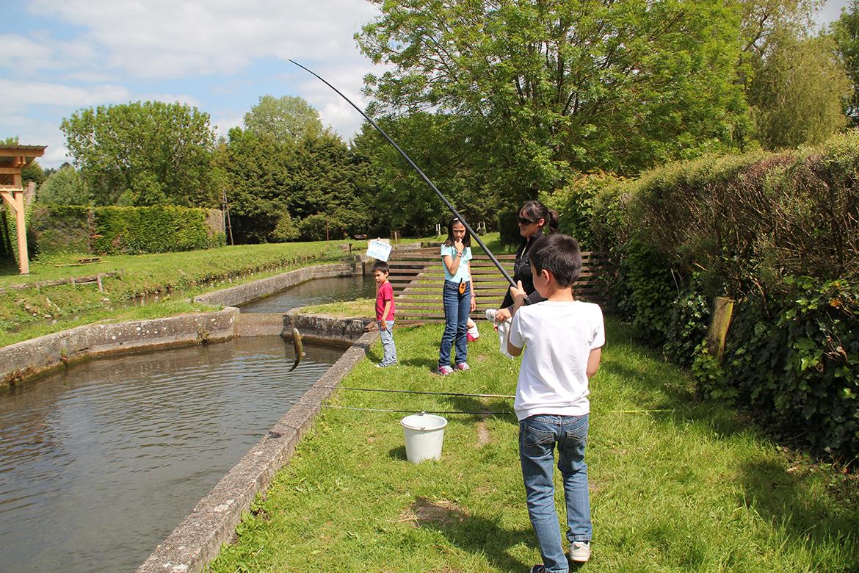 pêche bassin enfant la levrière